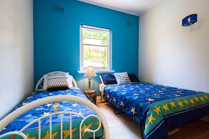 Bedroom 6. Queen or 2 singles.