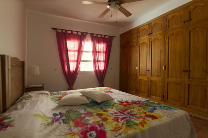 Big double room with bathroom and breakfast