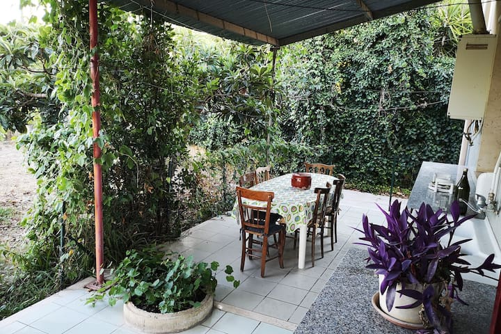Tasteful Holiday Home in Comiso with Garden