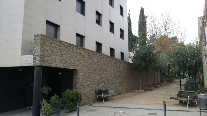 High quality duplex appartment 35km from Barcelona