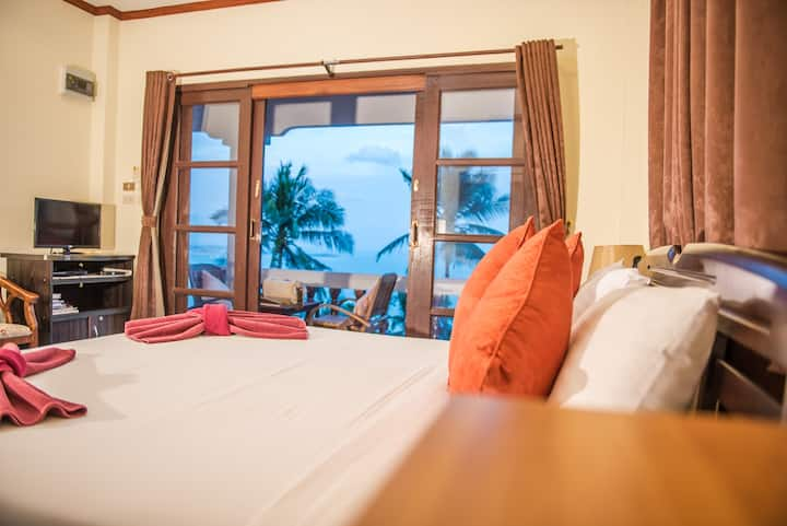 Two Bedroom Villa by Laem Sila Resort