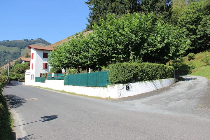 Gîte au coeur du Pays Basque - Aldudes - Appartement