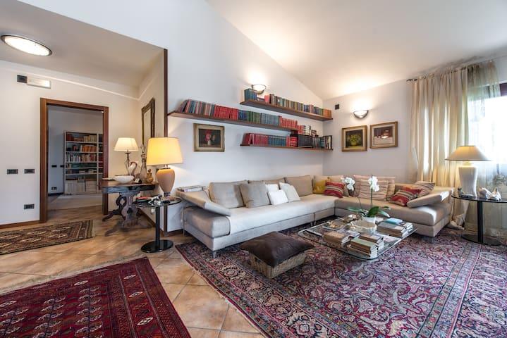 LAGO Villa Luisa Val Cavallina - Bianzano - Villa