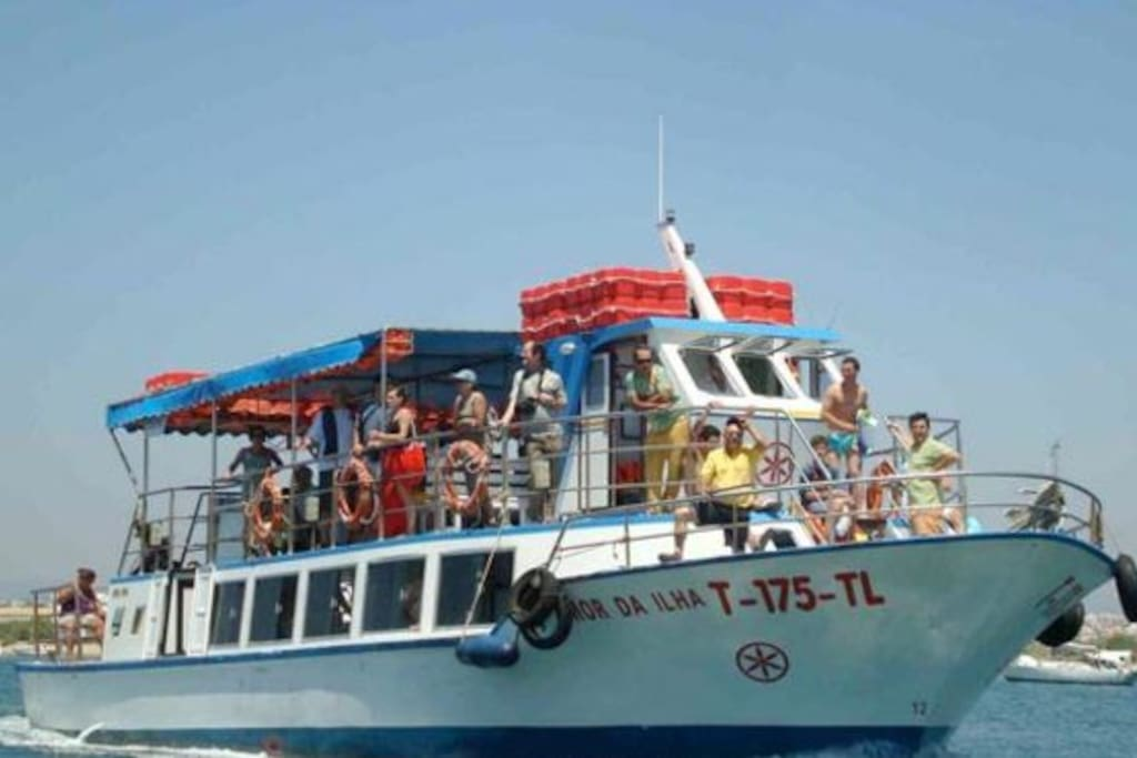 Boat to Tavira Island