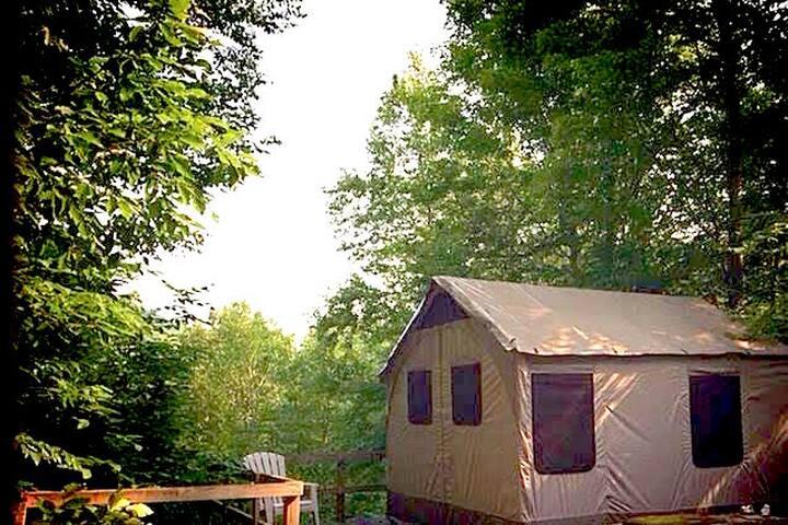 Hiker's Haven Tent Cabins - Shaftsbury