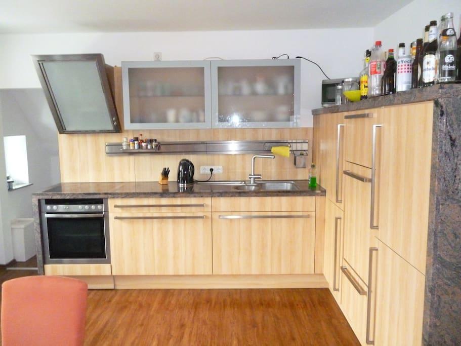 Unsere geräumige Küche zur Mitnutzung...