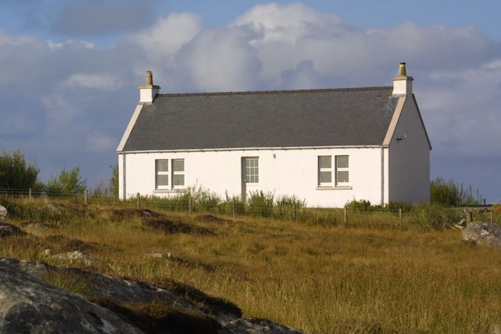 Eight Askernish, South Uist - Isle of South Uist