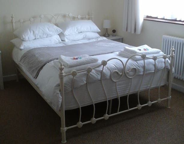 Double room with ensuite - Hedge End Southampton - Pousada