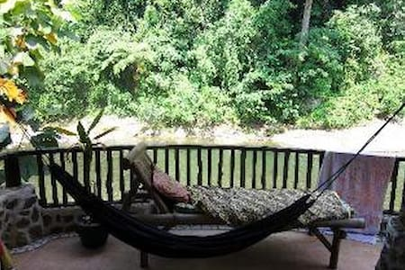 Private Jungle & River View - Bungalow