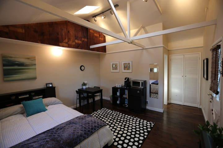 Guest House near LAX & Beaches - Los Angeles - Apartamento