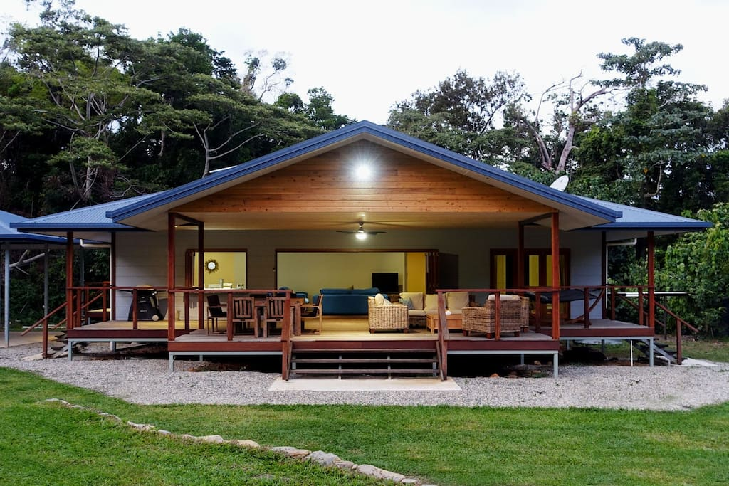 Coconut Beach House Cape Trib - Houses for Rent in Cape ...