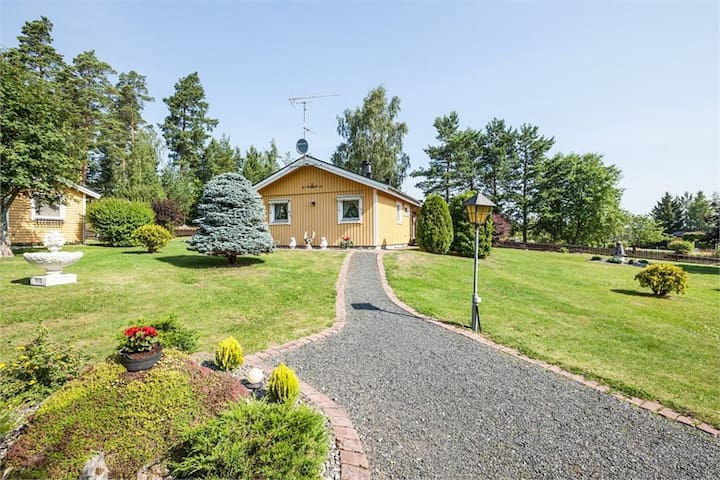 Beautiful house next to lake - Eskilstuna - Casa