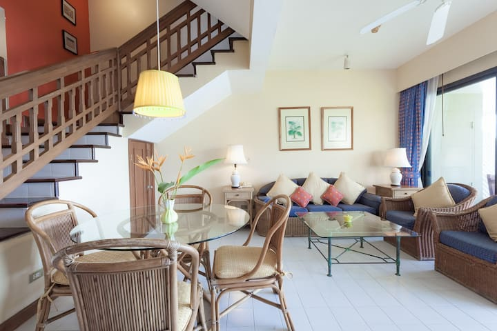 Elegant Condo in Bangtao Bay - Tambon Choeng Thale - Appartement