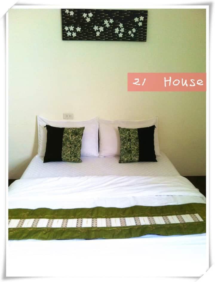 2B-花蓮市區~21House~雙人套房