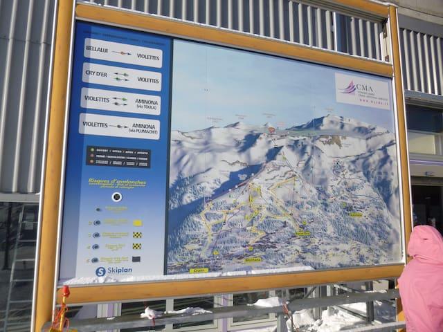 Tafel des Skigebietes