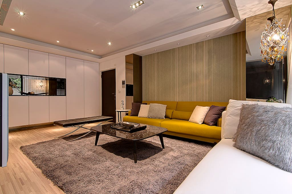 舒適的沙發適合休閒放空