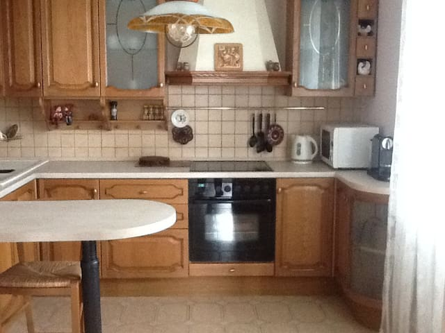Cosy 4-rooms near the centre - Moskva - Huoneisto