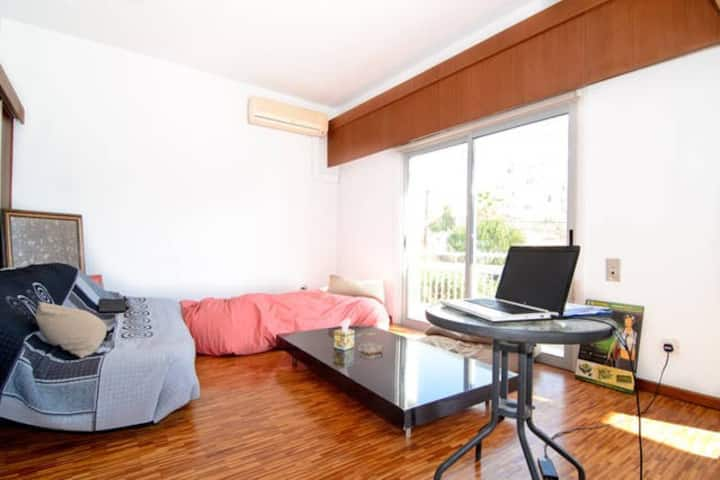 Cozy Double-Bedroom in Nicosia