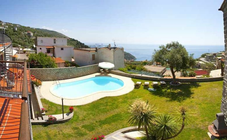 Venere  House Sea View with Pool