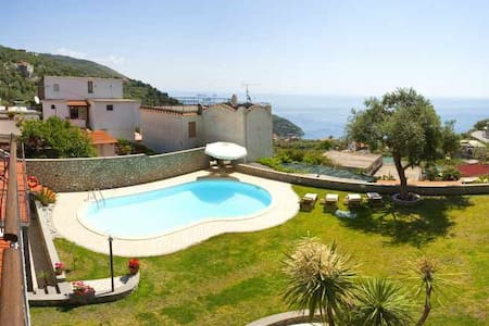 Venere  House Sea View with Pool - Nerano