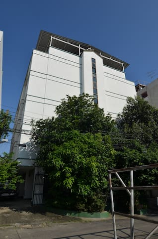Two-Room Apartment on Lat Phrao Rd - Bangkok - Lejlighed