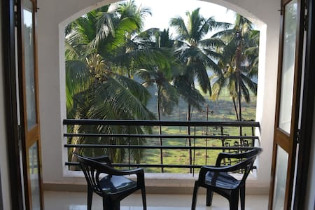 Spacious 2 BHK wt balconies, Siolim - North Goa