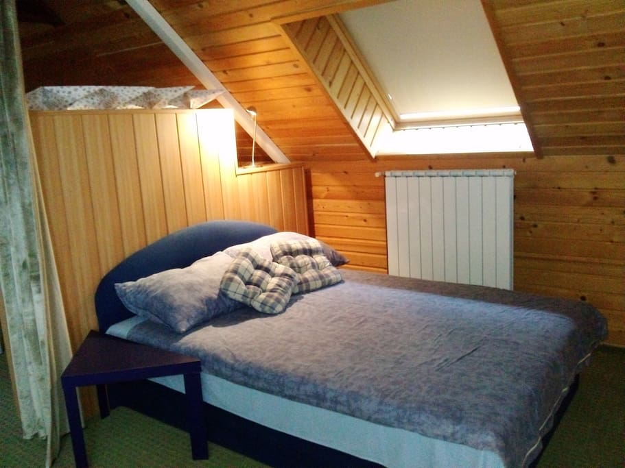 Separate double bed