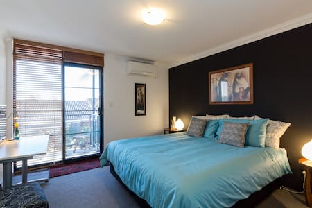 Luxury Accommodation in Scarborough - Scarborough - Дом