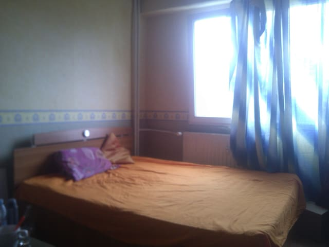 Private Room Near Business Park - Sofia