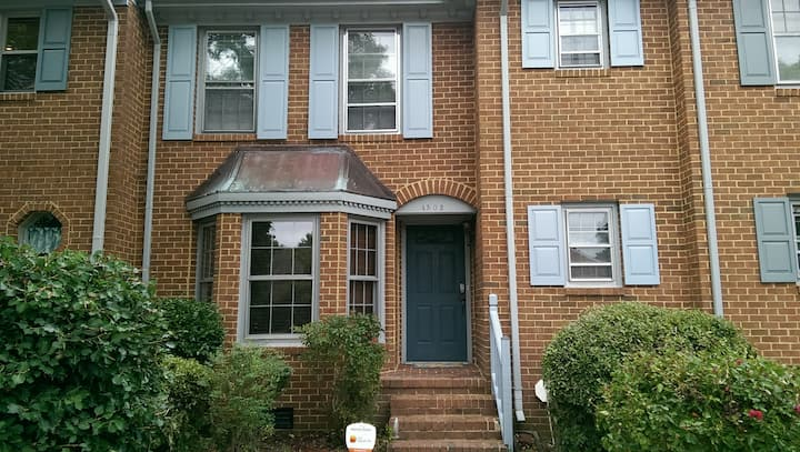 Close-2-Everything 2BR 2.5BA Twnhse Virginia Beach