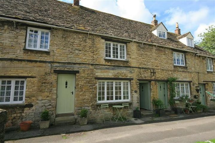 Georges Yard, Burford. - Burford - Casa