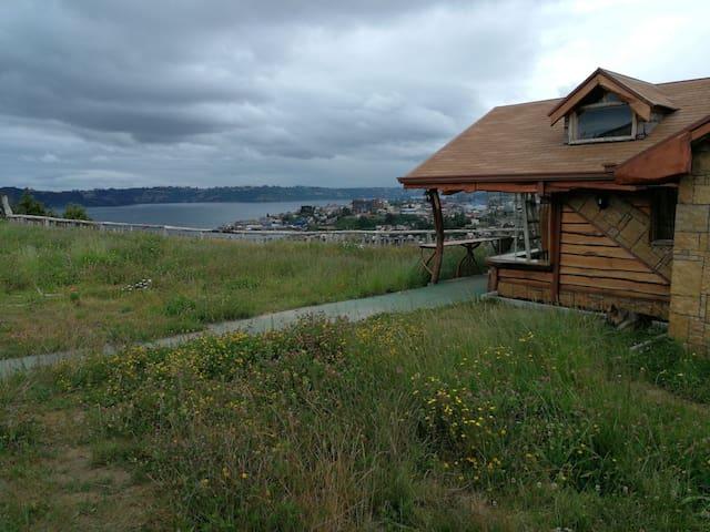Cabaña Vista al Mar y Fiordo Ten-Ten