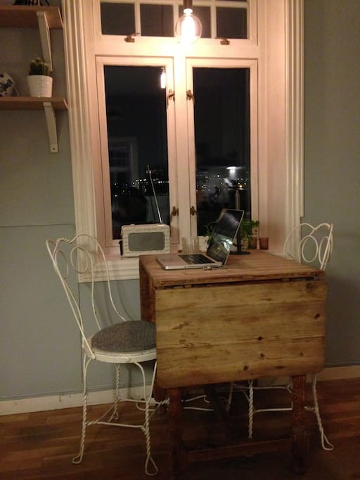 The kitchen is a cozy place to have breakfast or dinner.