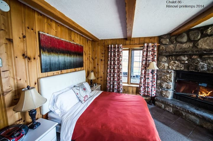 Charming and Luxurious for 2 to 3 people