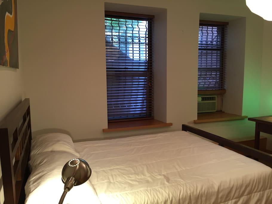 bedroom vieuw 2