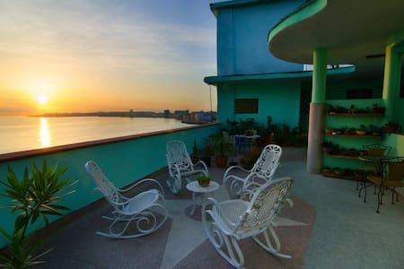 HiM RENTALS 503-Penthouse - La Habana - Квартира
