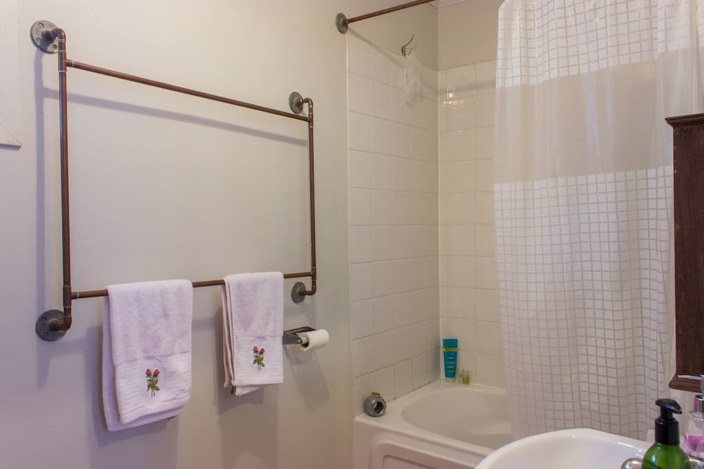 Comfy North End Bedroom! - Apartments for Rent in Halifax ...