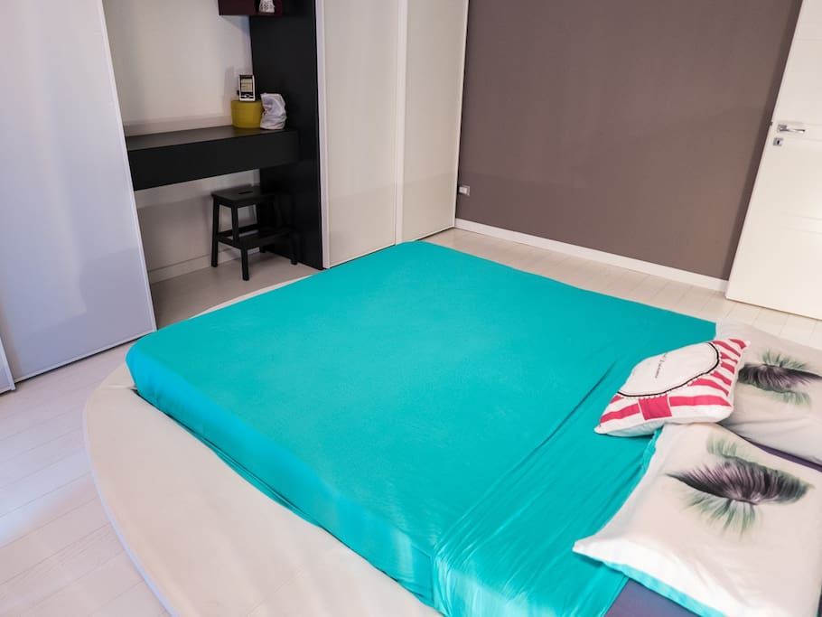 Modern Two Bedroom Flat Near Piazza Stesicoro Apartments For Rent In Catania Sicilia Italy