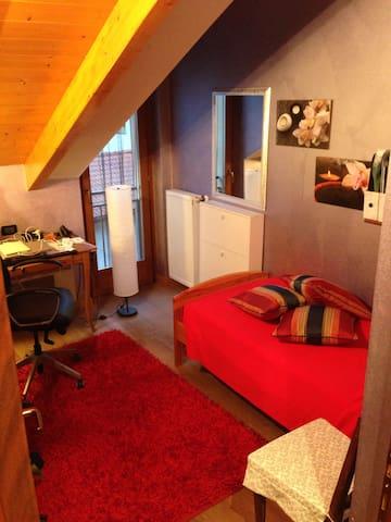 Camera singola molto confortevole - Ponte Nelle Alpi - Polpet - Apartment