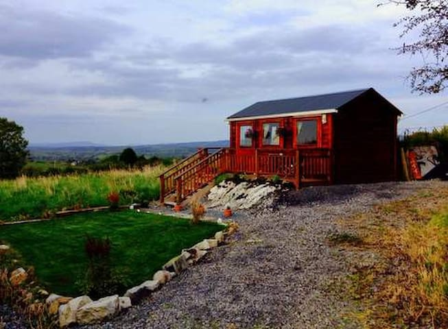 Twin room cabin with ensuite in Castlebaldwin - Ballinode - Cabane