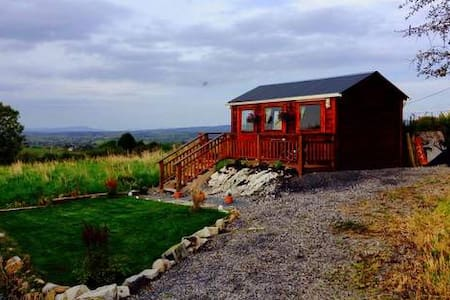 Twin room cabin with ensuite in Castlebaldwin - Ballinode