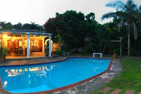 Gramarye Guest House - Westville