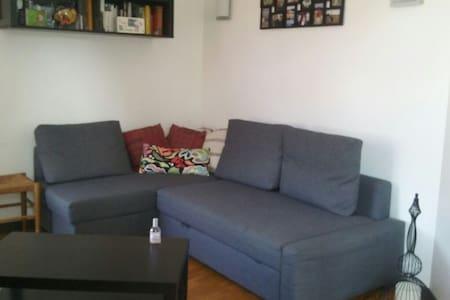 Appartement gare, calme et agréable - Argentan - Byt