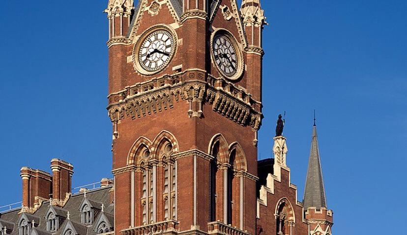 St Pancras Clock Tower Apartment