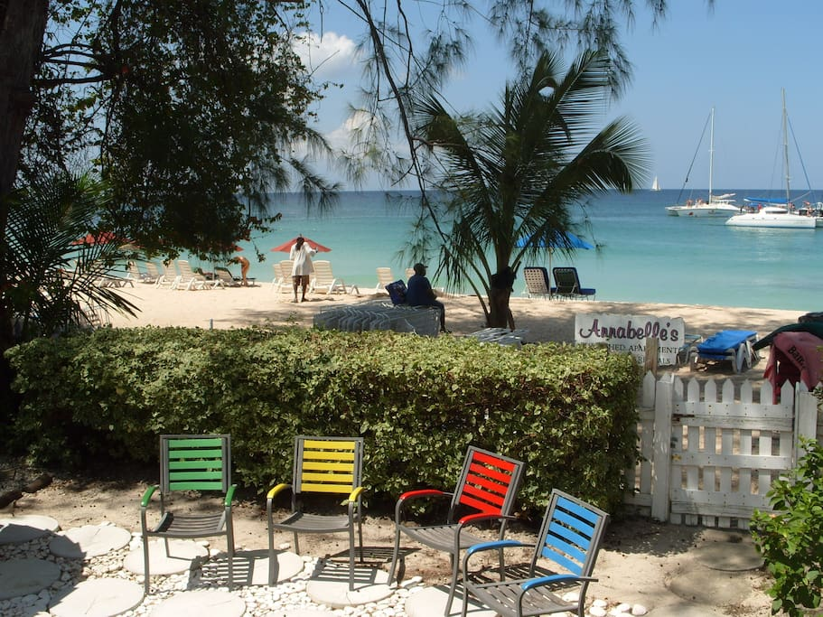 Annabelle 39 S 2 Bedroom Beachfront Apartments For Rent In Paynes Bay St James Barbados
