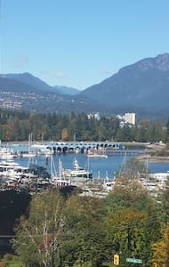 Coal Harbour- Marina View - Apartment