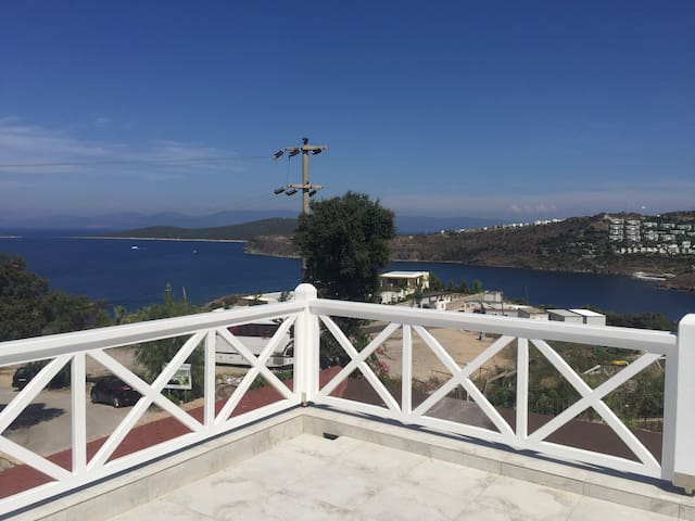 Sea view with swimming pool - Gündoğan Belediyesi - Casa