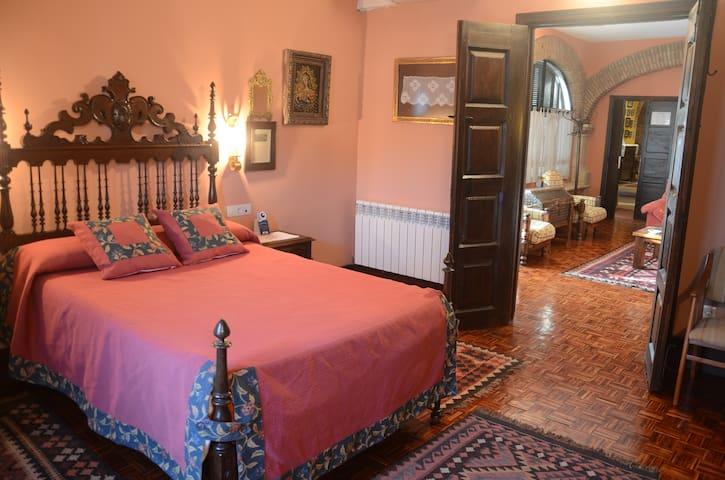 Los Naranjos en Casa Rural Antolina - San Martín de Trevejo - Dům