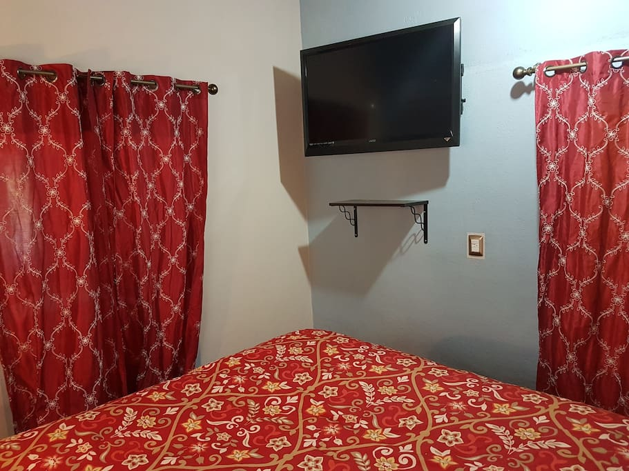 Queen size bed with AC and Sat tv SKY.