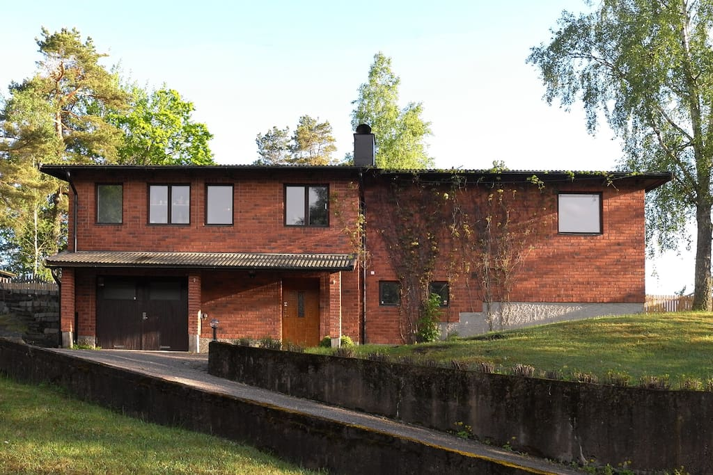 1959 red brick house